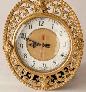 Часы настенные подарочные