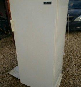 Холодильник ЗИЛ двухкамерный