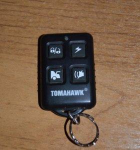Брелок Tomahawk