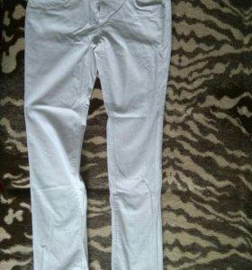 джинсы Zolla белые скинни