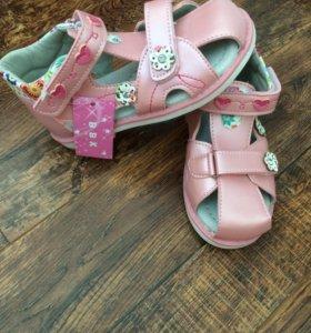 Детские сандалии 27 размер