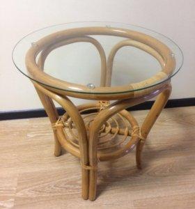Столик ротанг-стекло