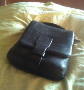 Продам сумку-барсетку