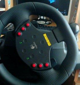 Игровой руль (Logitech MOMO Racing)