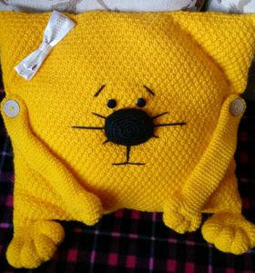 Декоративная подушка, думка вязанная