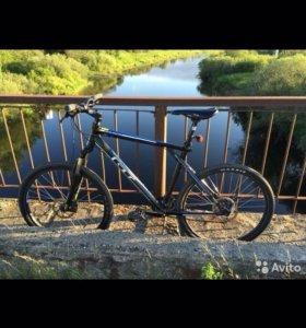 Велосипед GT Avalanche 3.0