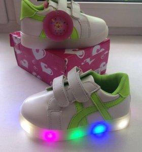Кроссовки детские обувь