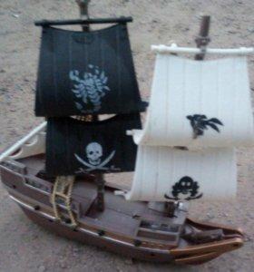 Пиратская лодка
