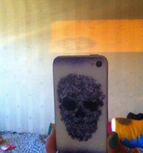 iPhone 4 с чехлами