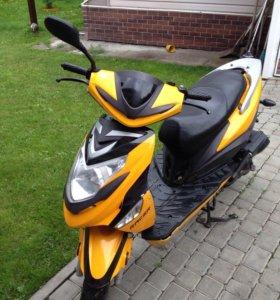 Продаётся скутер Racer Corvus