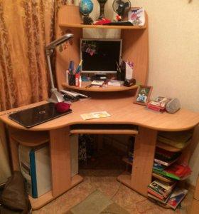 Стол компьютерный (ученический)