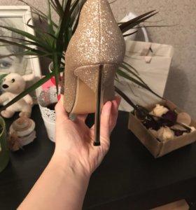 Продам Туфли 👠