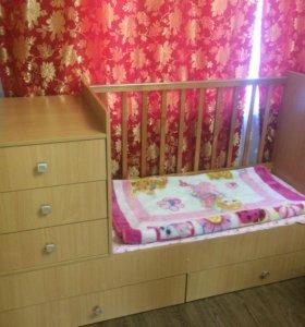 Детская кроватка -трансформер