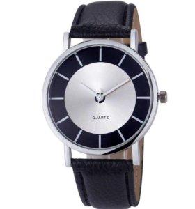Кварцевые часы женские Montres Femme