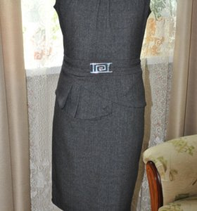 офисное платье с баской