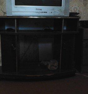 Тумба под телевизор и видеотехнику