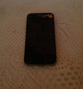 iPhone 4 (32 г)