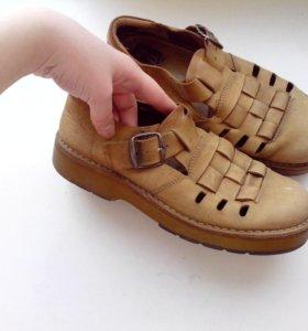 Кожаные туфли 39-40