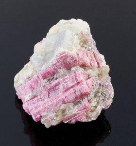 минерал турмалин-рубеллит