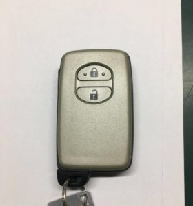 Ключ на Prius 30