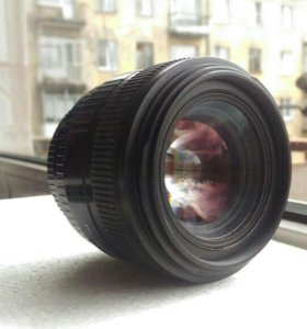 Sigma DC HSM 30 mm/ 1.4