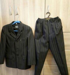 Костюм на подоостка (пиджак и брюки)