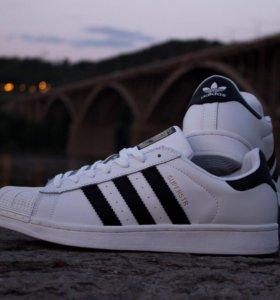 Кроссовки Adidas Supersrar
