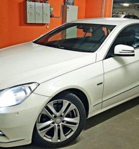 Mercedes E200 купе 2012г.60000км.