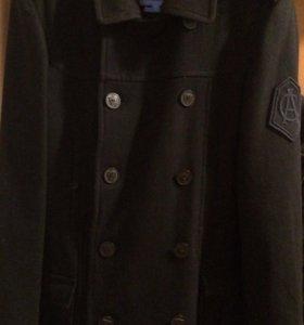 Мужской бушлат BERSHKA (пальто)