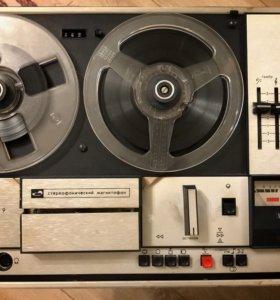 Магнитофон Орбита 205А стерео с колонками