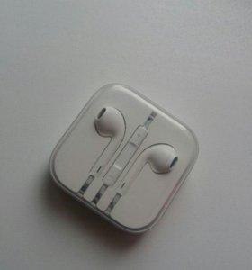 Оригинальные наушники EarPods