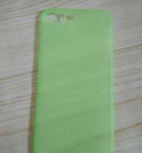 Пластмассовый бампер на iPhone 7+