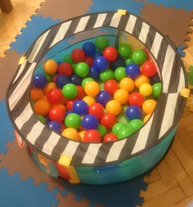 Бассейн с шариками / манеж ELC