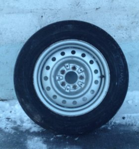 """запчасти """" Nissan Tino"""" (задний бампер, колесо, шаровая опора. )"""