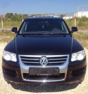 Volkswagen Touareg 2009 года 2.5 дизель