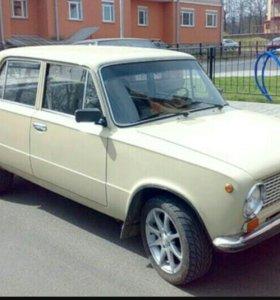 Автомобиль ВАЗ 21013