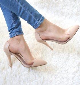 Туфли лодочки в бежевом цвете