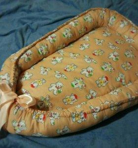 Кокон-гнёздышко для малыша