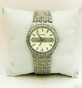 Часы женские Chanel 130
