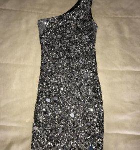 Платье вечернее в пайетках