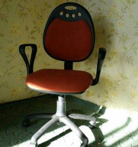 Продаю компьютерное кресло, Талнах
