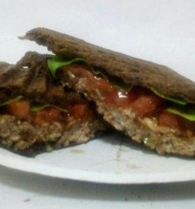 Мясной сендвич