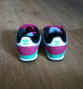 Кроссовки для девочки, 19 размер