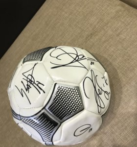 Мяч с подписями фк цска