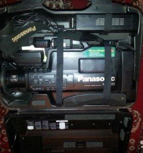 Продам видеокамеру Panasonic NV-M3500EN/EM