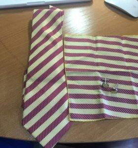 Галстук платок запонки новые комплект
