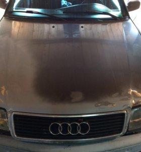 Капот Audi c4