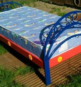Детская кровать + матрас 1,6м*0,8м.