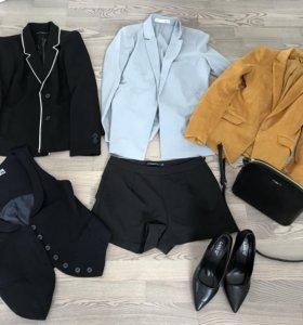 Пиджаки и жилет