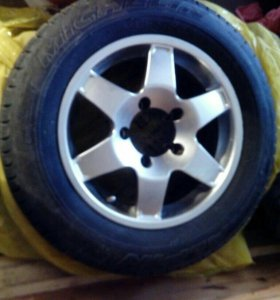 Шины Michelin на литых дисках 2 шт
